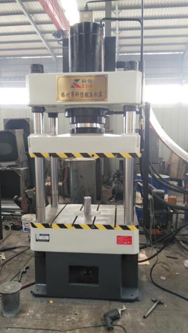 四柱液压机  产品介绍图片