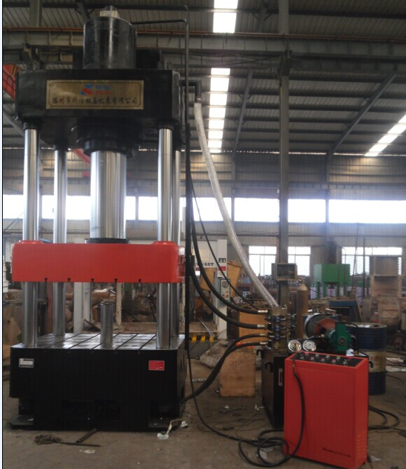 63吨四柱压力机